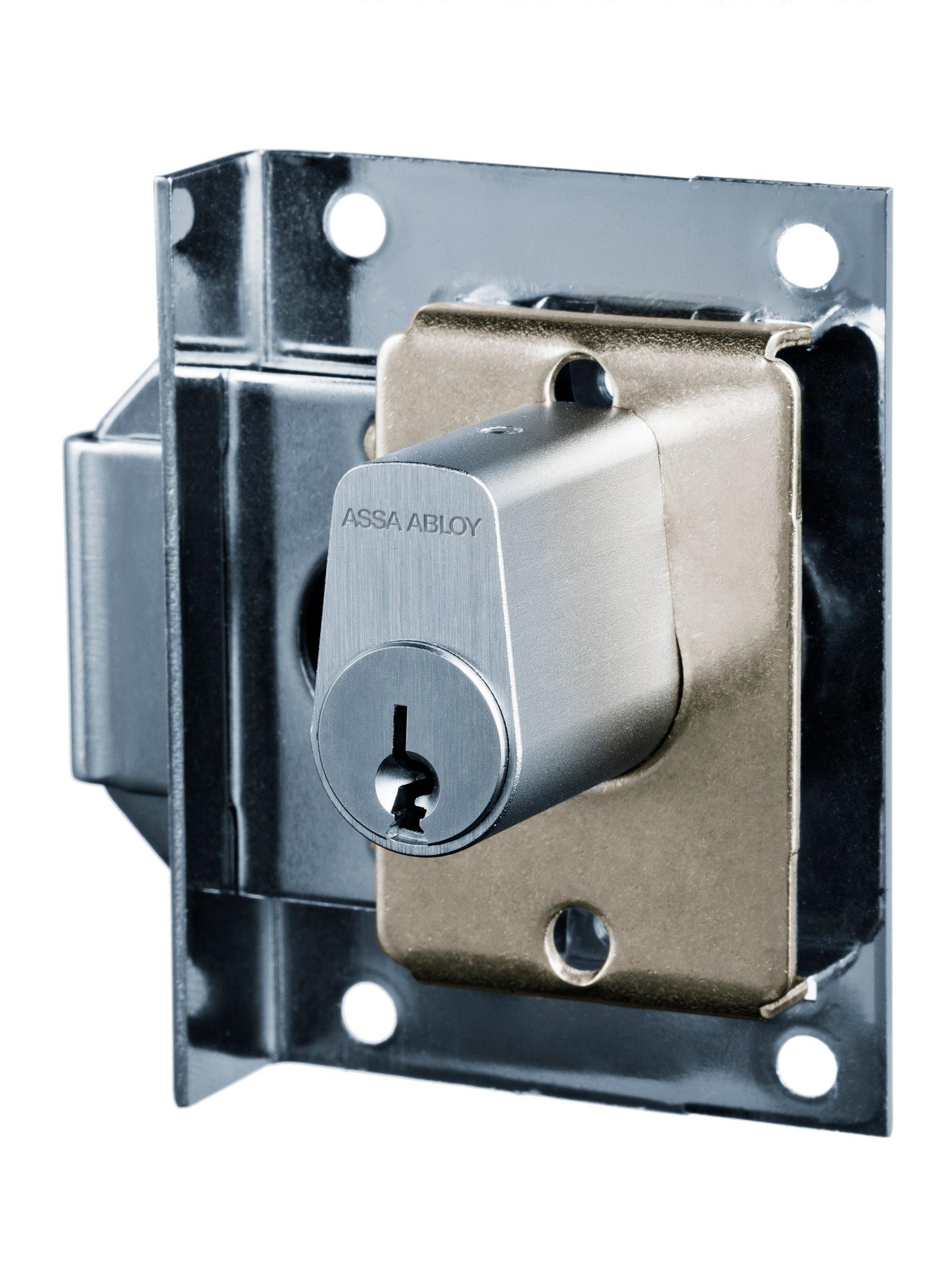 P674.1 - Furniture lock (1630)